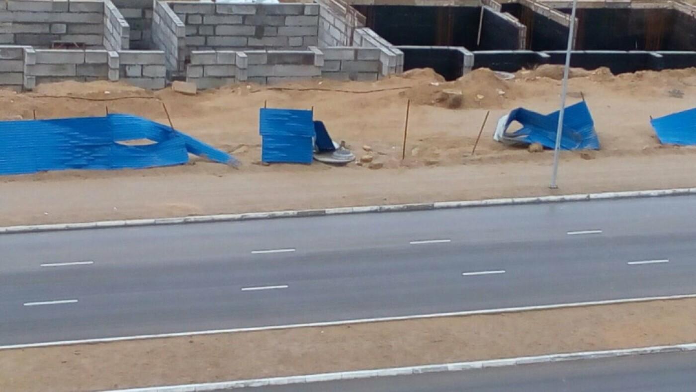 Последствия ветра в Актау (ФОТО), фото-1