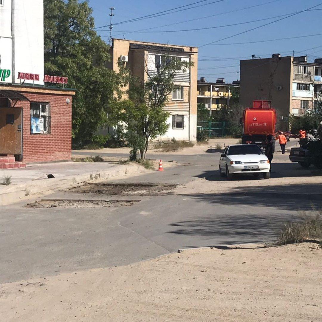 В четырех нижних микрорайонах Актау начался ремонт дорог (ФОТО), фото-6