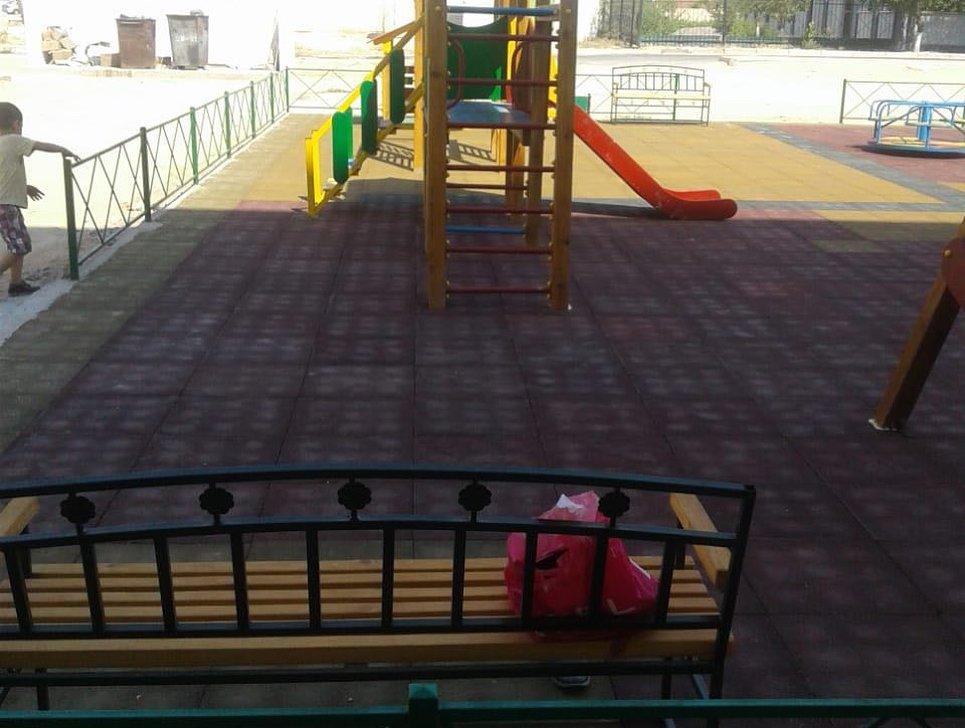 В двух микрорайонах Актау отремонтировали детские площадки (ФОТО), фото-5