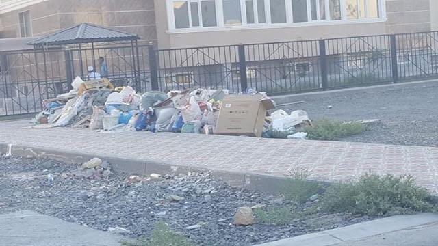 Актау утопает в мусоре и отходах по вине арбузов (ФОТО), фото-1