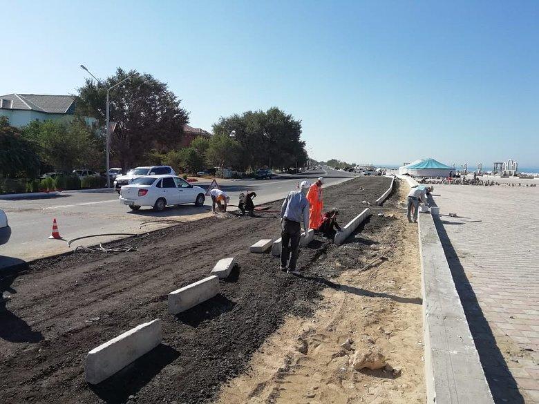 В Актау строят парковку на 100 машин, фото-1