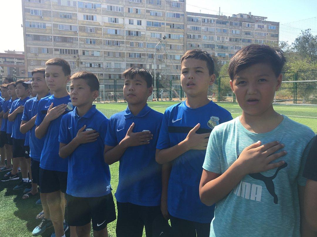 Футбольное поле по стандартам FIFA открыли в Актау, фото-1