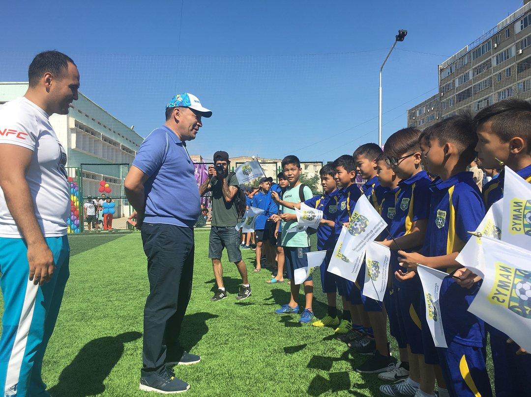Футбольное поле по стандартам FIFA открыли в Актау, фото-3