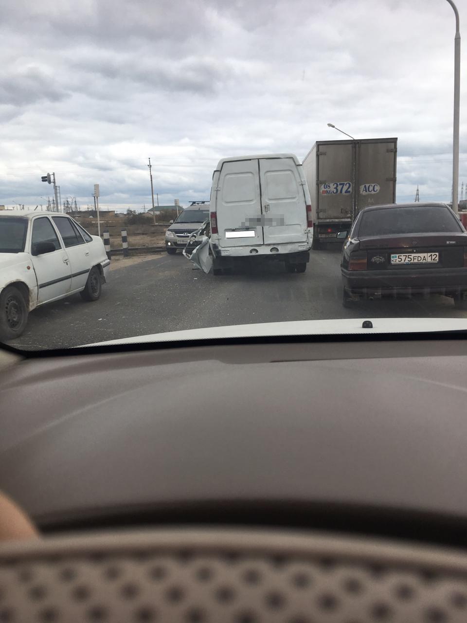 ДТП с участием ГАЗели произошло в Актау, фото-1
