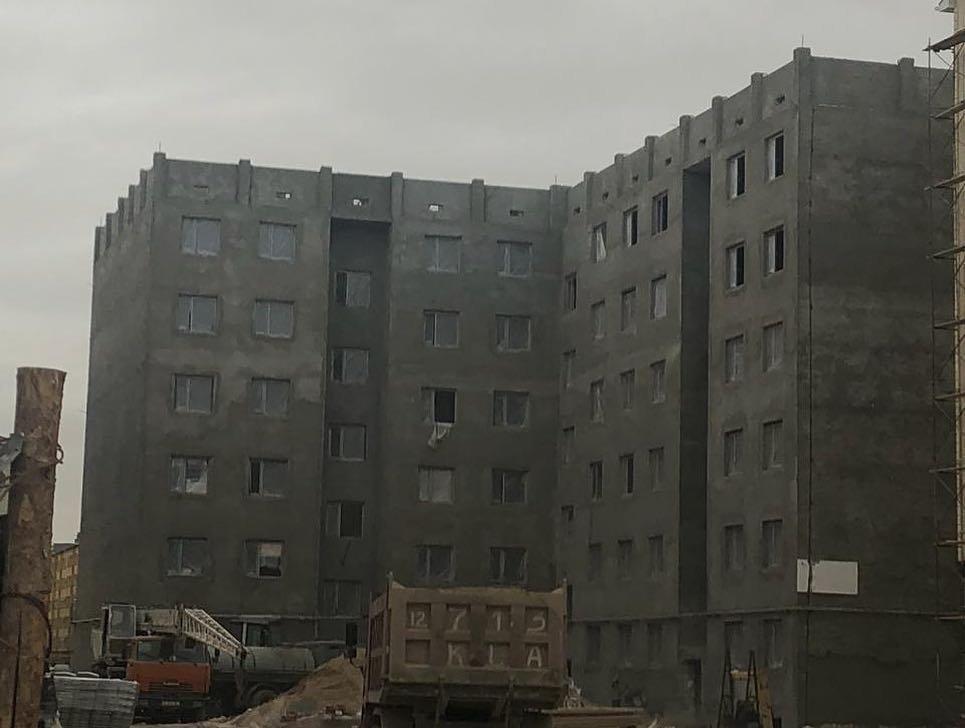 В Актау четыре строительные компании возвели жилые дома с нарушениями , фото-1