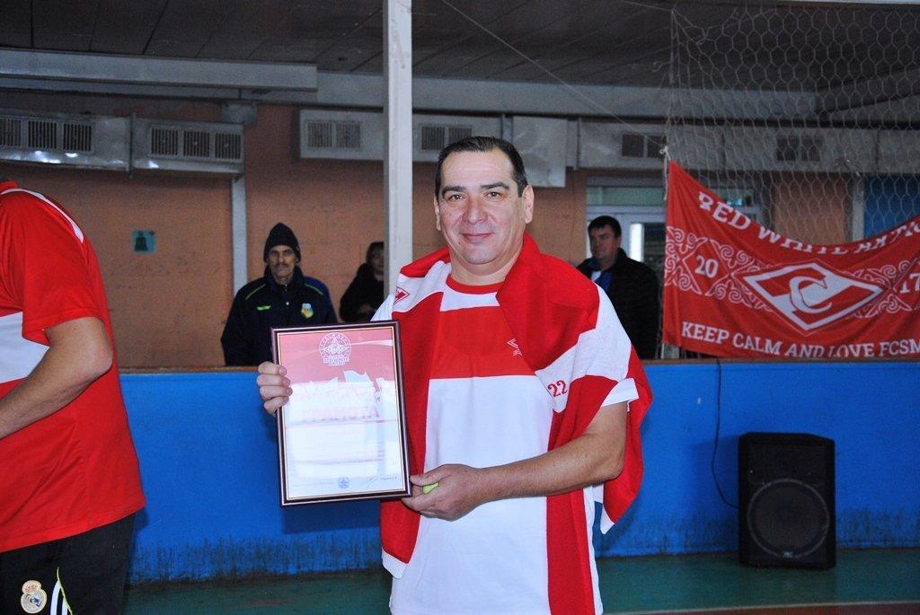 В Актау фанаты футбола организовали для детей благотворительную акцию, фото-18
