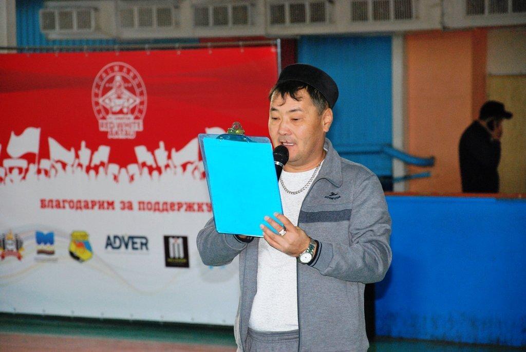 В Актау фанаты футбола организовали для детей благотворительную акцию, фото-5