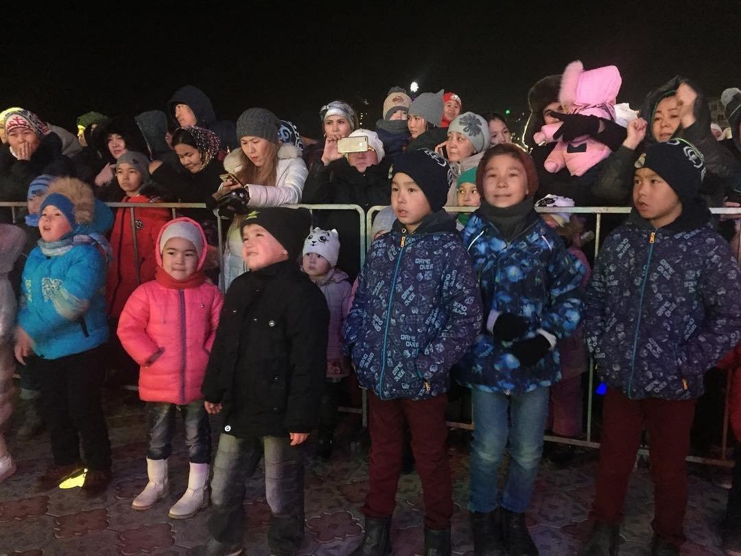 Более 10 тысяч актаусцев встретили Новый год на набережной, фото-1