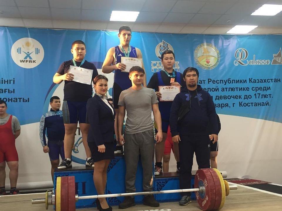 Спортсмен из Мангистау стал призером чемпионата РК по тяжелой атлетике, фото-1