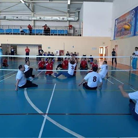 Команда ветеранов из Мангистау завоевала первое место в чемпионате по волейболу сидя, фото-1
