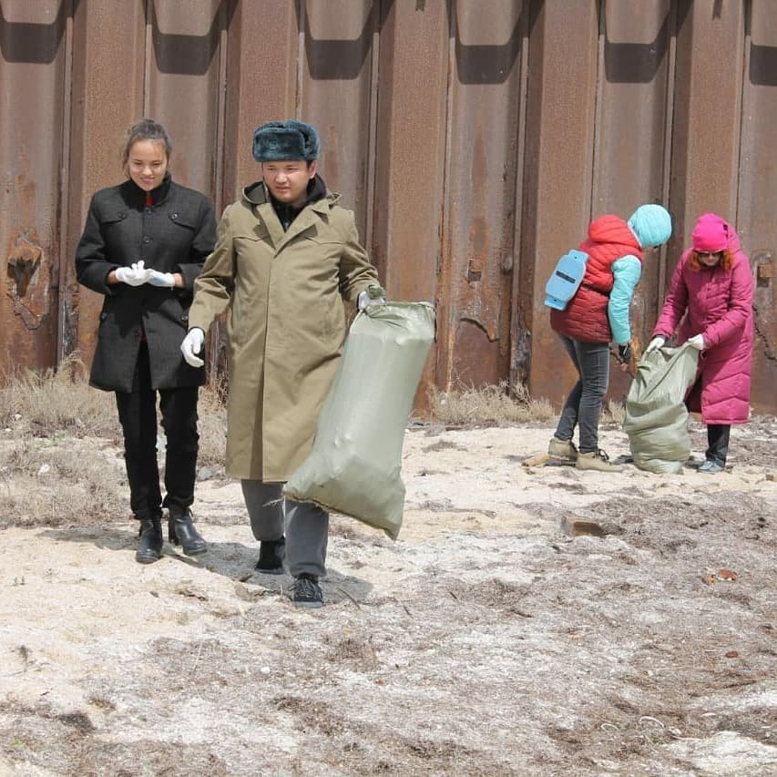 50 мешков мусора собрали волонтеры на пляже в Баутино, фото-3