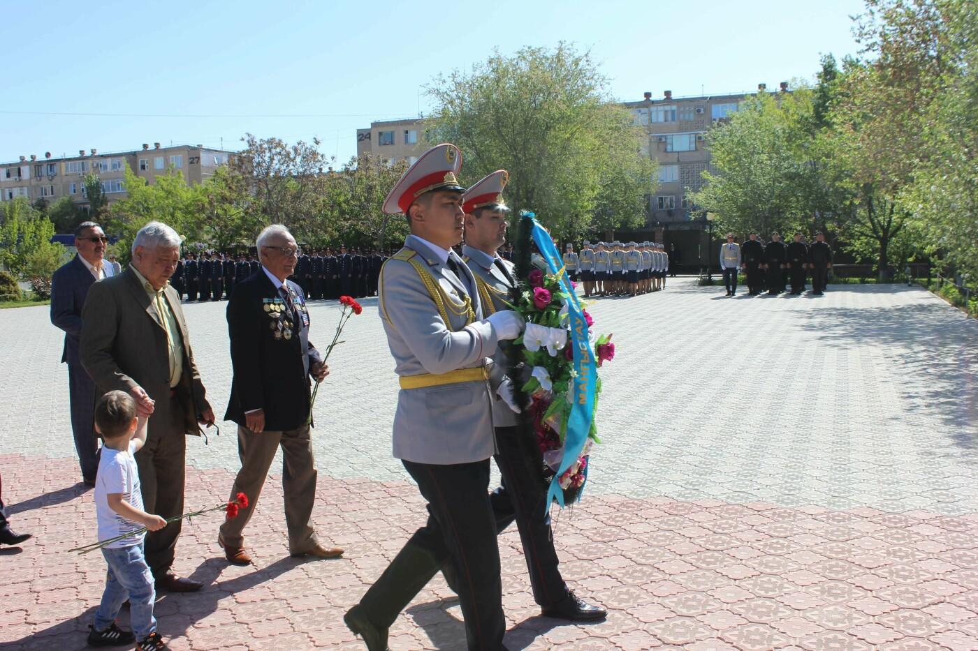 Полицейские почтили память ветеранов ВОВ в Актау, фото-8