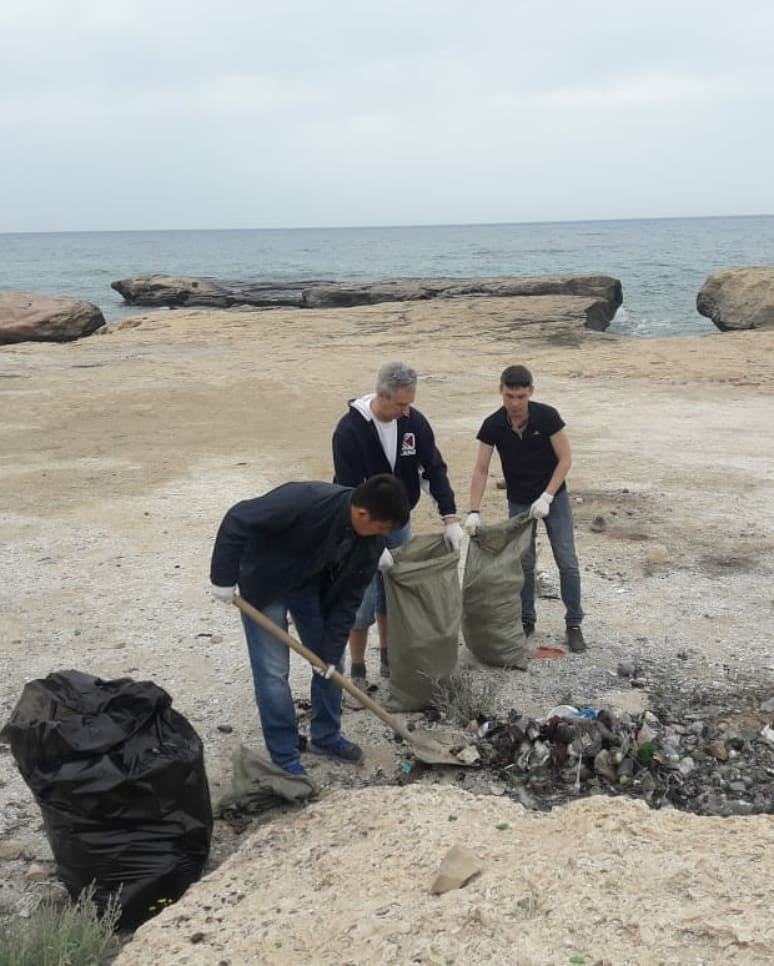 150 мешков мусора вывезли волонтеры с побережья в Мангистау, фото-6