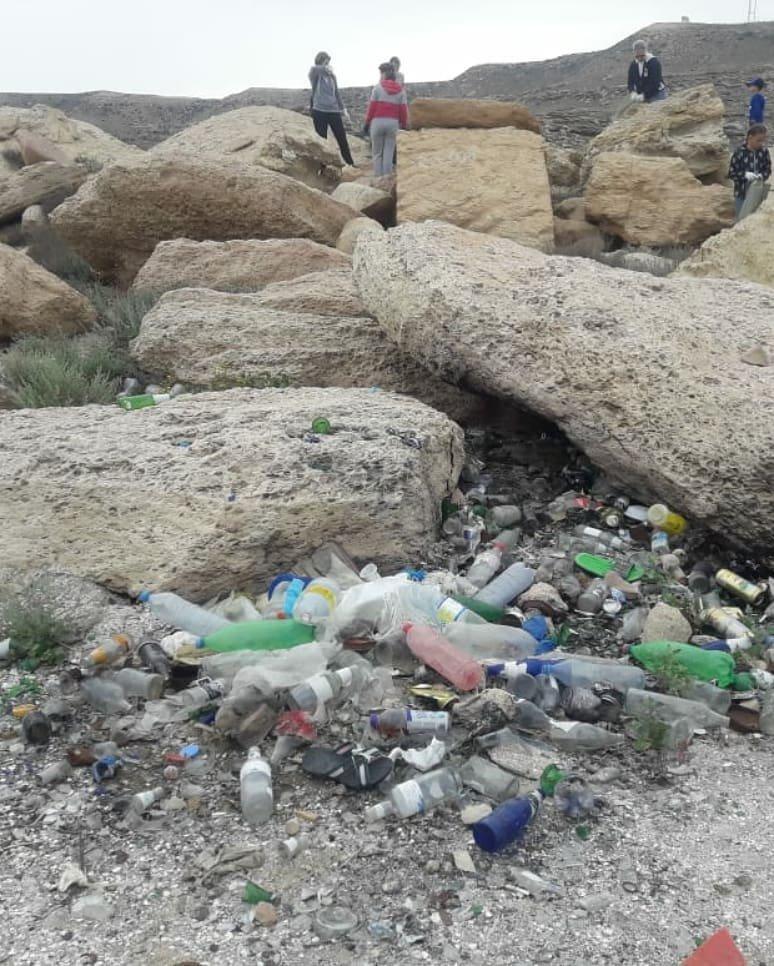 150 мешков мусора вывезли волонтеры с побережья в Мангистау, фото-5