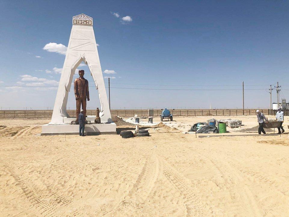 Новая арка появилась на въезде в село Кызылсай, фото-5