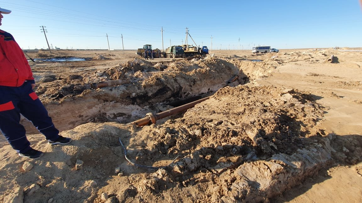 """Порыв нефтепровода произошел на месторождении """"Жетыбай"""", фото-3"""