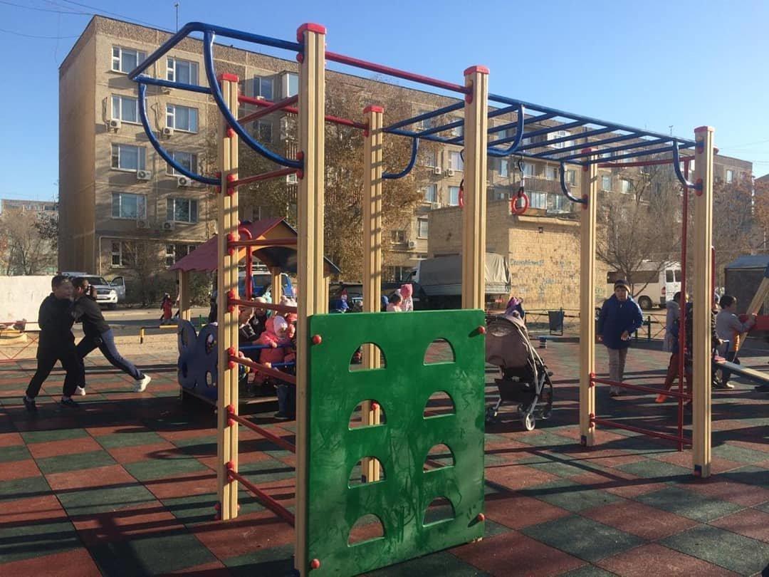 Три новые детские площадки построили в Актау , фото-2