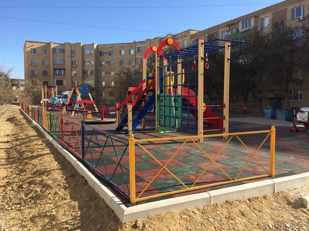 Три новые детские площадки построили в Актау , фото-5
