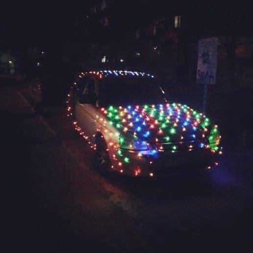 Полицейские в Актау сняли номера с праздничной машины, фото-1