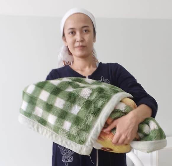 В Мангистау женщина родила дома, консультируясь по телефону с медиком, фото-1