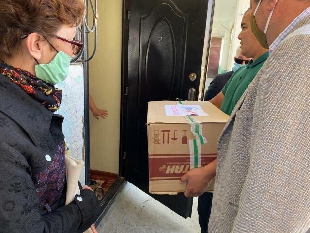 25 нуждающимся семьям в Актау оказали гуманитарную помощь, фото-8
