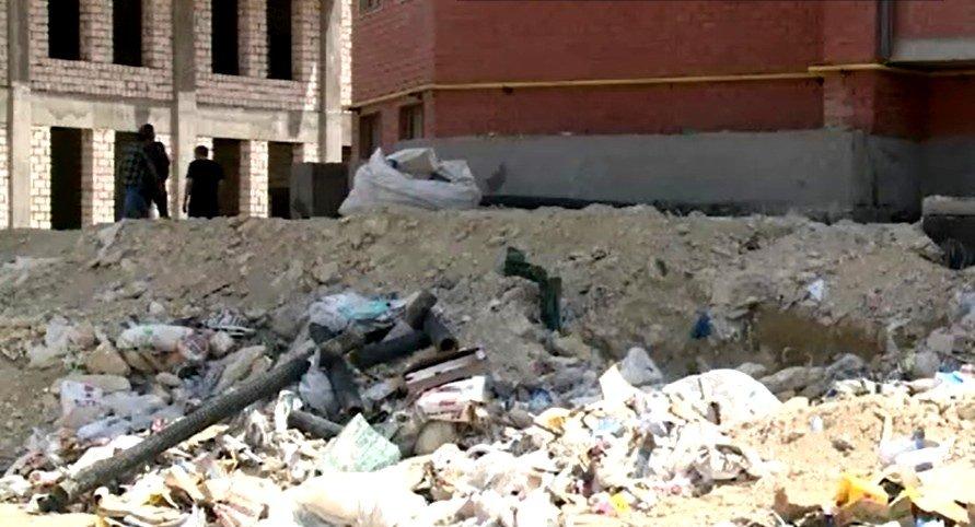 Очередной скандал с новостройкой в Актау: жители ЖК жалуются на множество недоделок в доме, фото-1