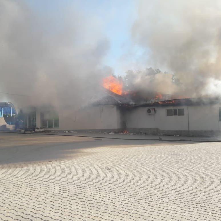 Квартира, ресторан и два авто сгорели в Мангистау за неделю, фото-2