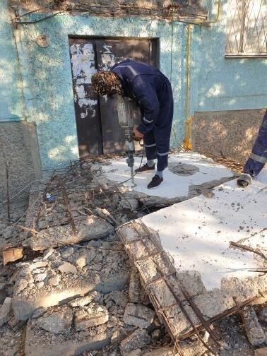 """""""Это незаконно"""": в Актау дом, в котором обрушился козырек, обслуживают сразу две компании, фото-1"""