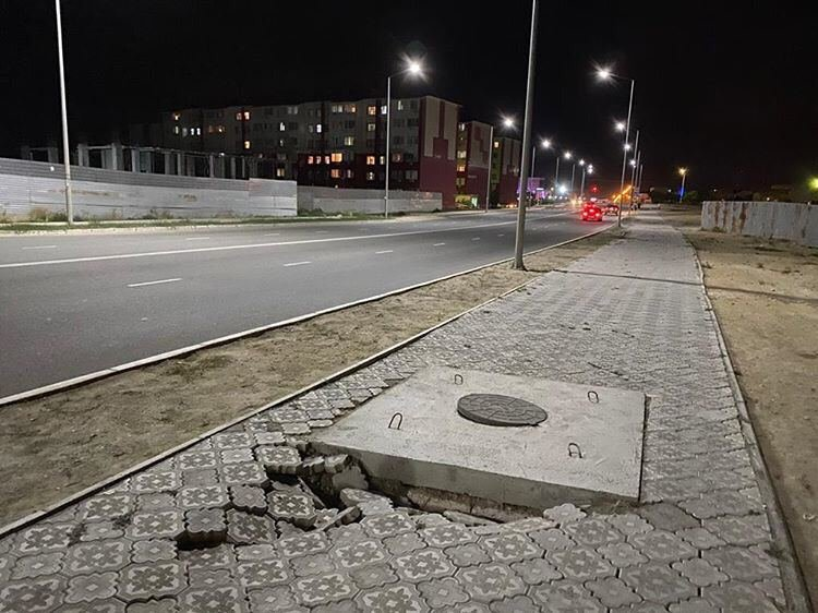 В Актау просела плитка новой пешеходной дорожки  , фото-2