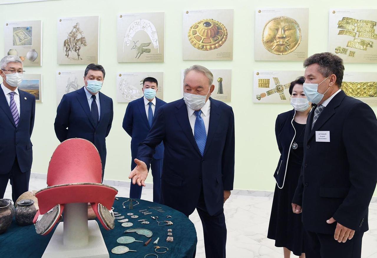 Елбасы посетил музей имени Абиша Кекилбаева, фото-3