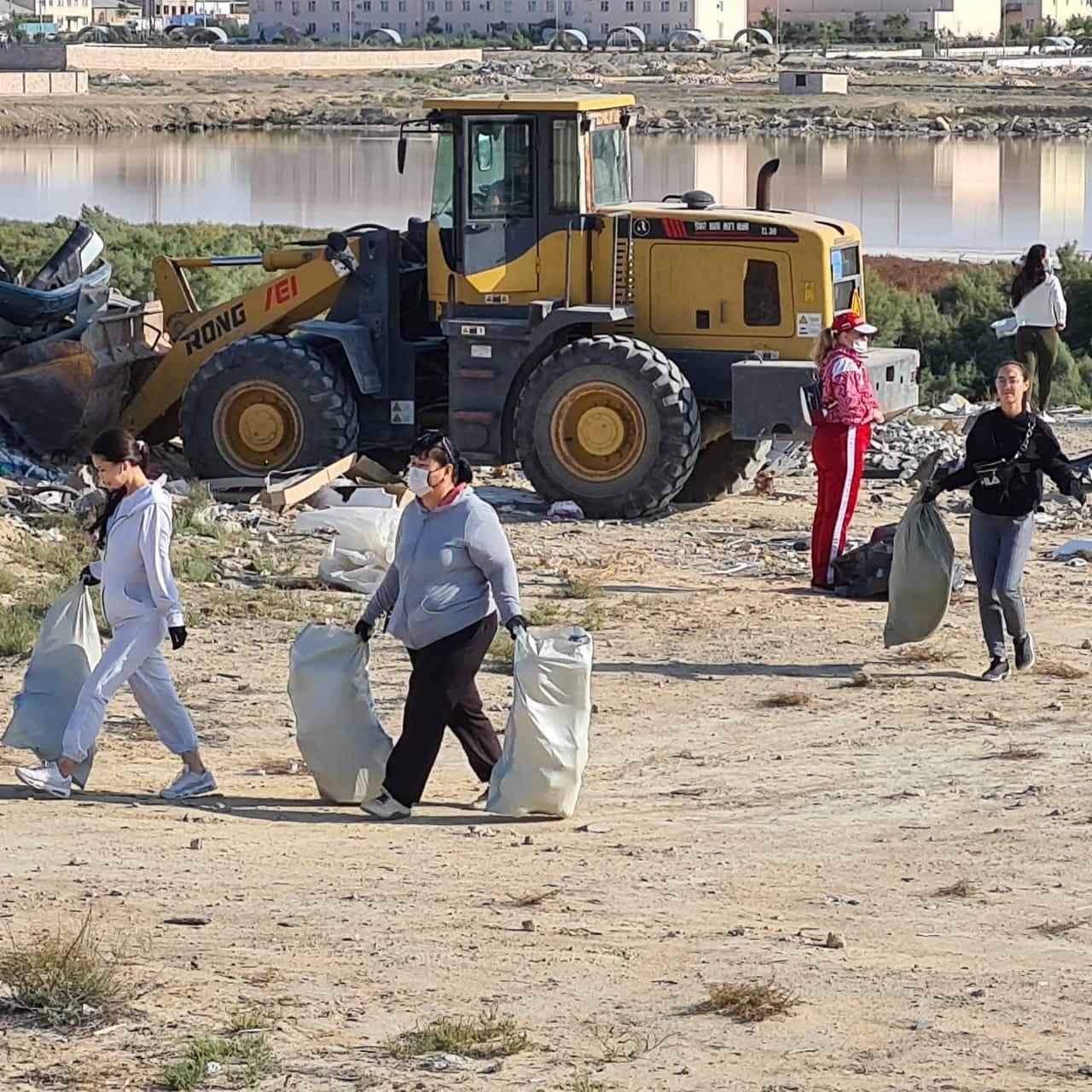 Мангистаусцы приняли участие в глобальной уборке «World cleanup Day», фото-5