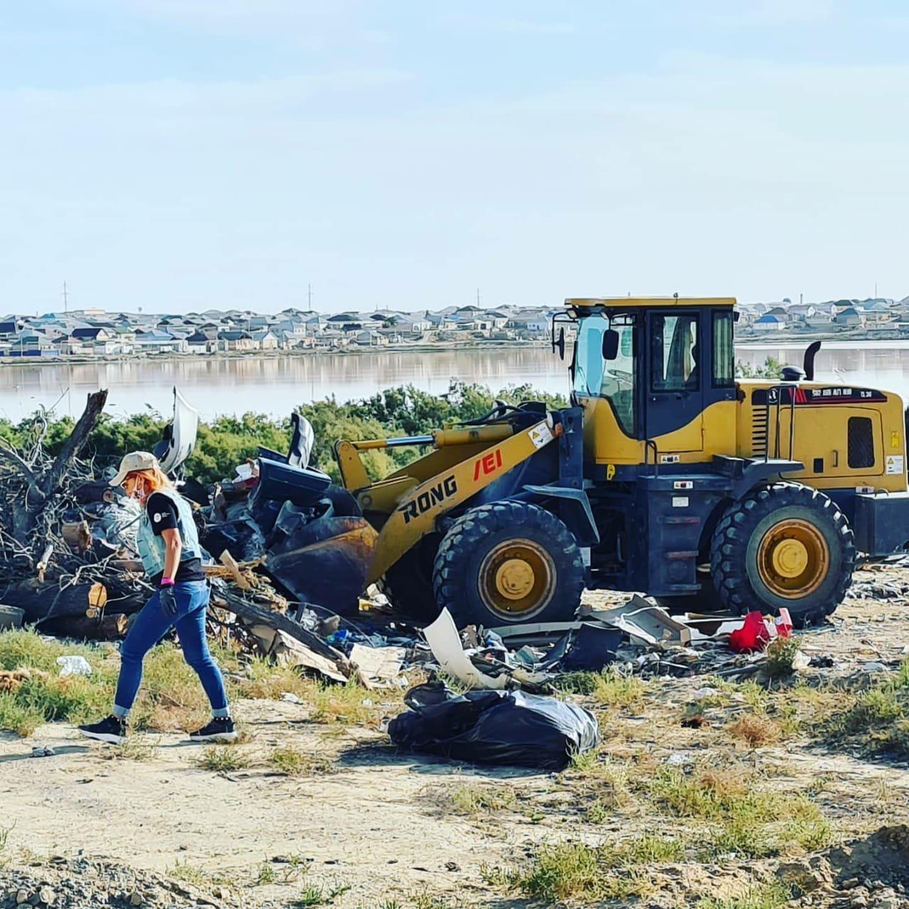Мангистаусцы приняли участие в глобальной уборке «World cleanup Day», фото-4