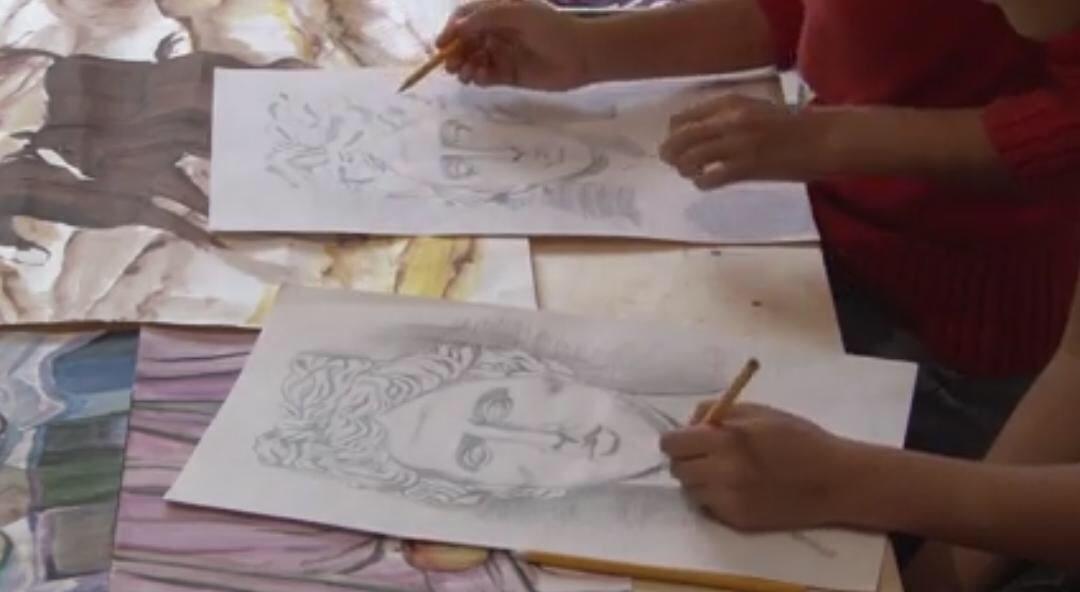 В селе Шайыр живут близняшки-художницы, фото-2