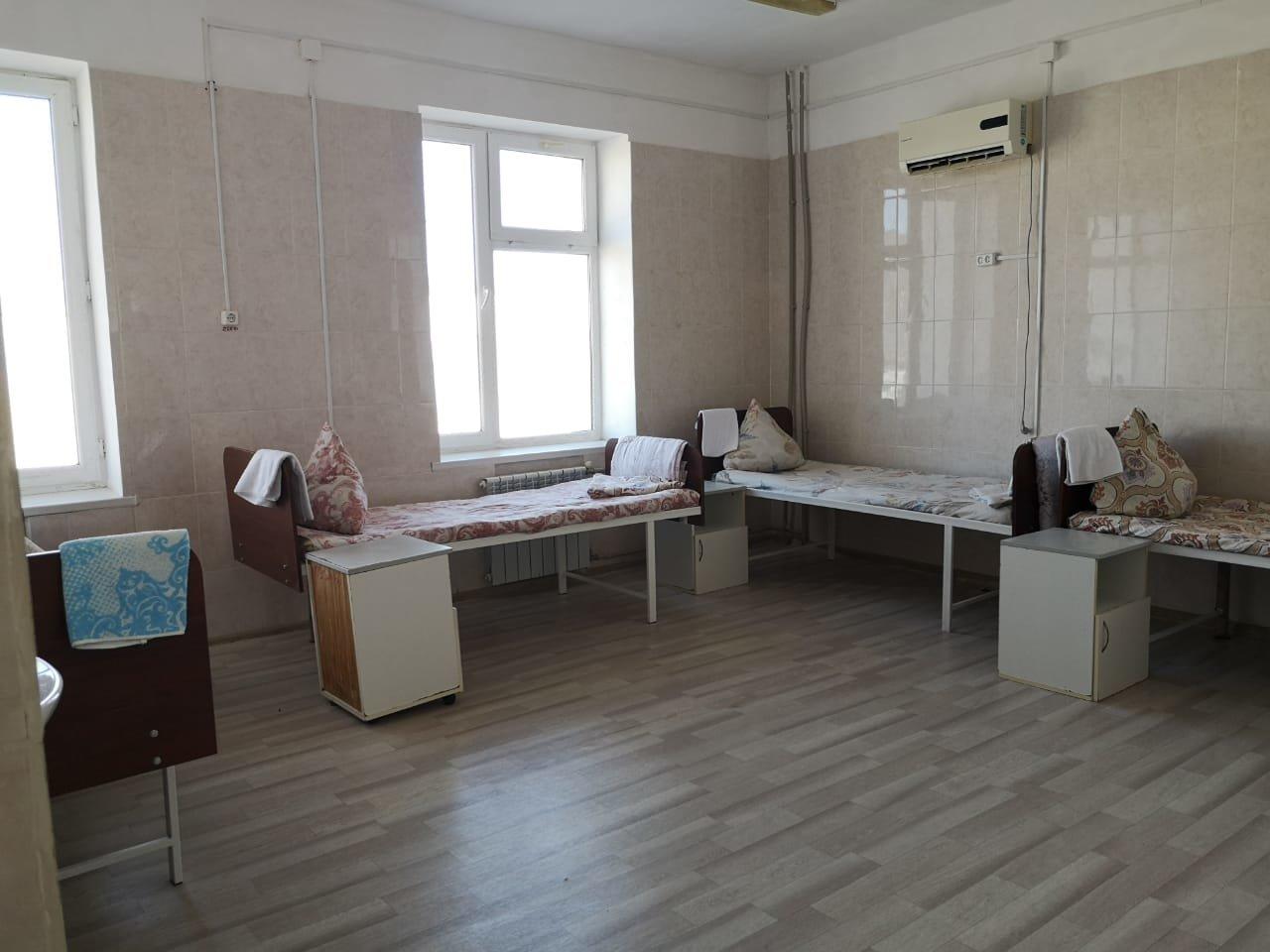 Пассажиров из Турции возмутили условия в провизорном госпитале Актау, фото-1