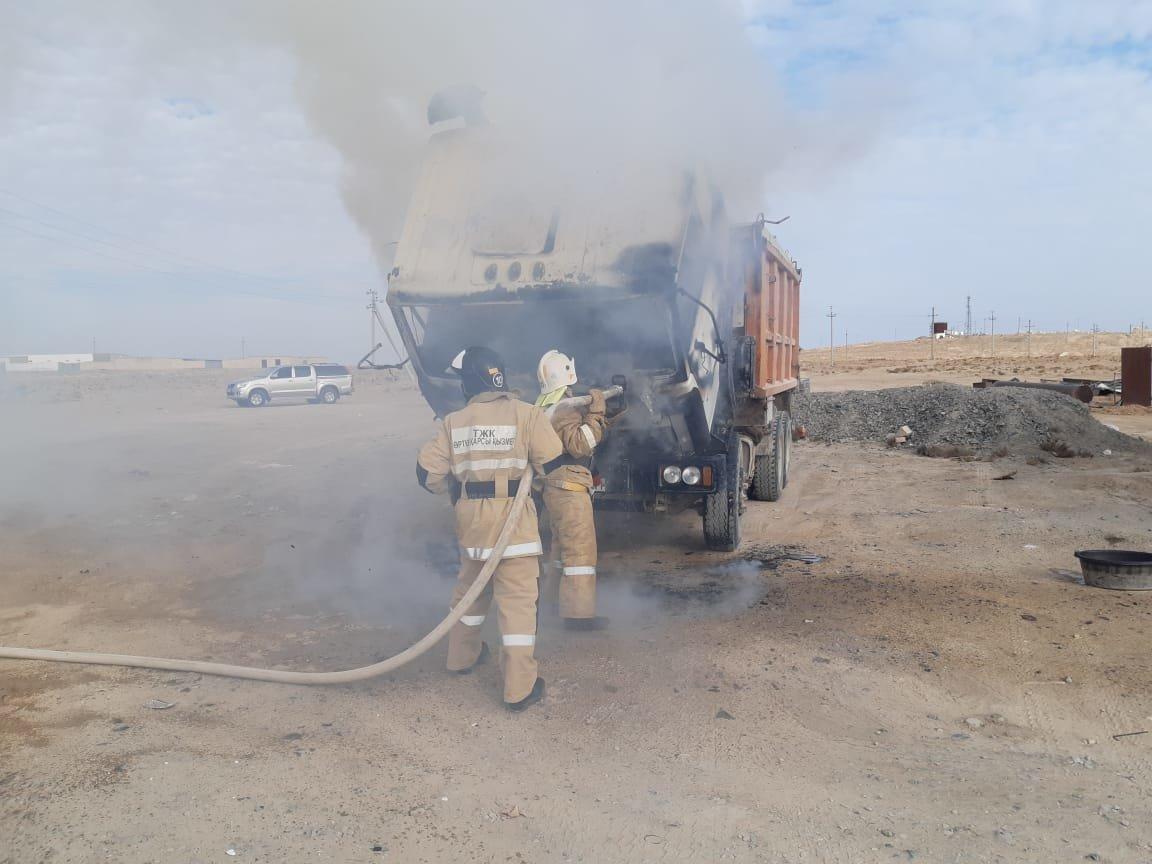 Двух детей и пенсионерку спасли ЧС-ники в Актау на прошлой неделе, фото-3