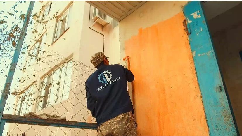 Управляющая компания Sayat Company произвели ремонт в подшефных домах