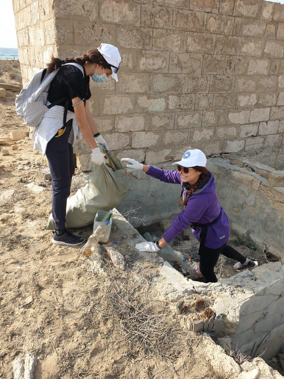 Около 70 мешков мусора собрали волонтеры в ущелье Саура, фото-2