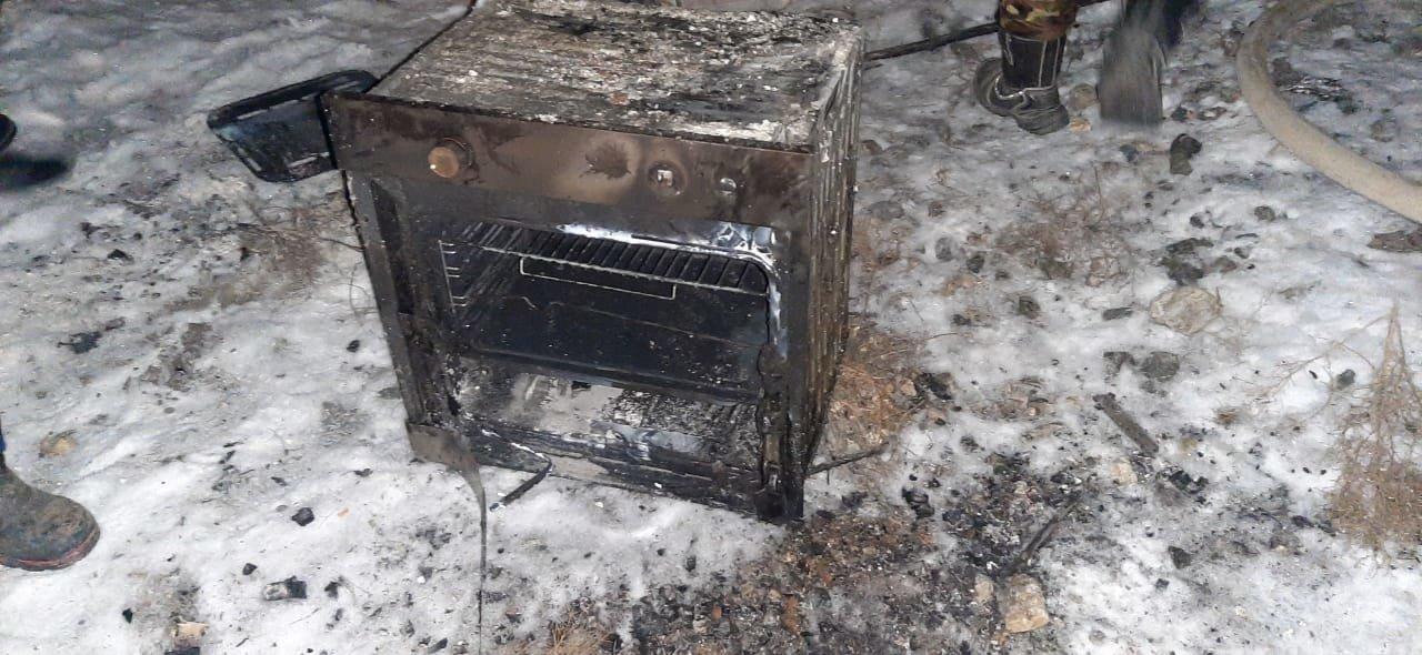 Сгоревший вагон