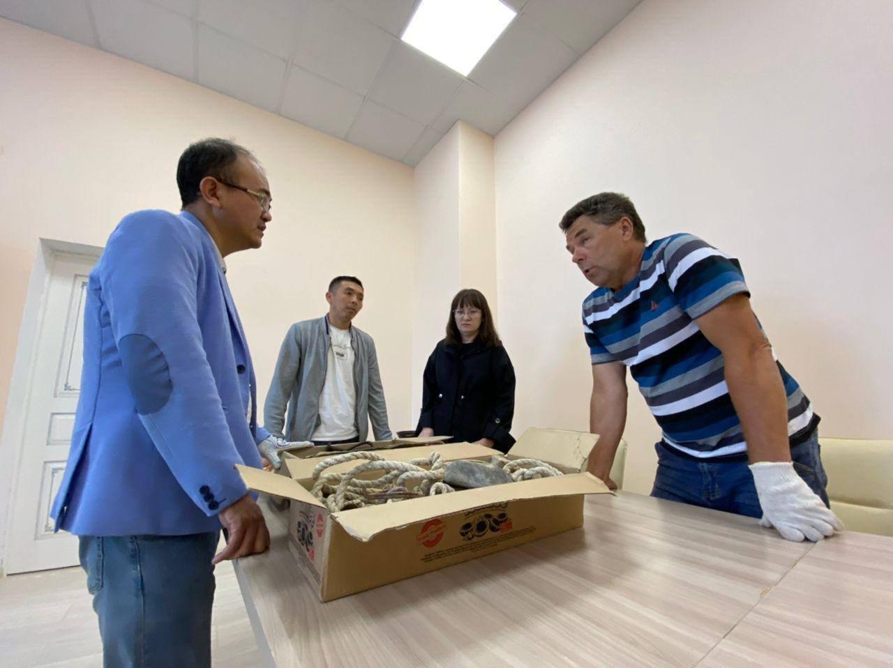 Археолог передал мангистаускому музею реликвию с 200-летней историей, фото-1